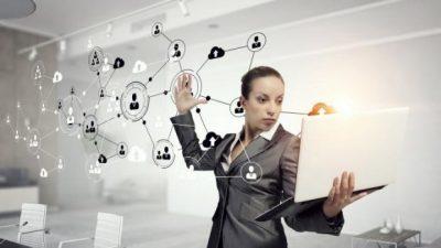 imagem_20492252_1-na-contramao-do-mercado-11-porcento-das-mulheres-social-media-ganham-mais-que-homens